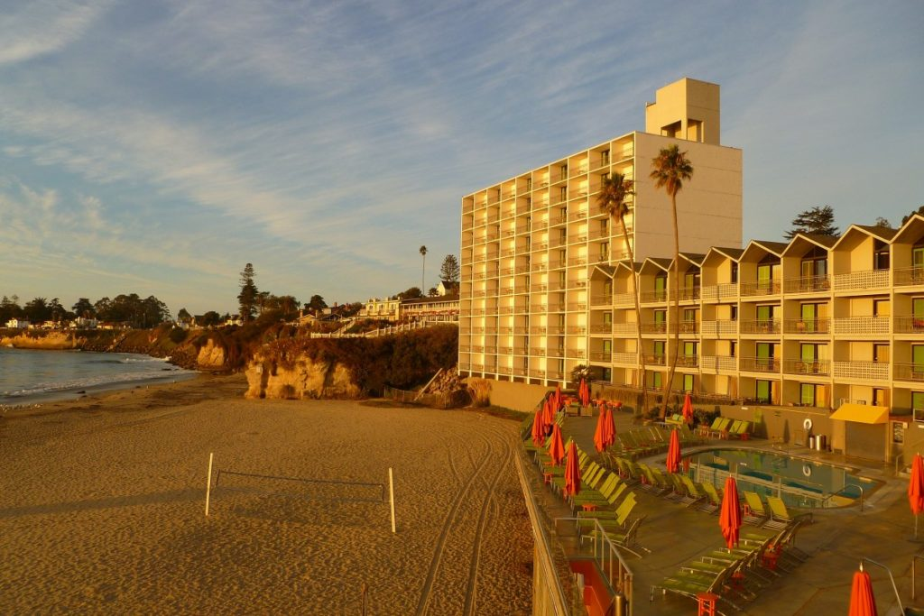 DREAM Inn - Santa Cruz, California